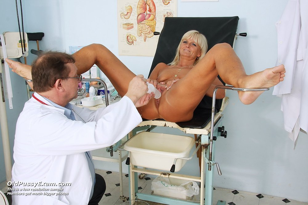 Elder Frantiska visiting gyno doc to get gyno check up