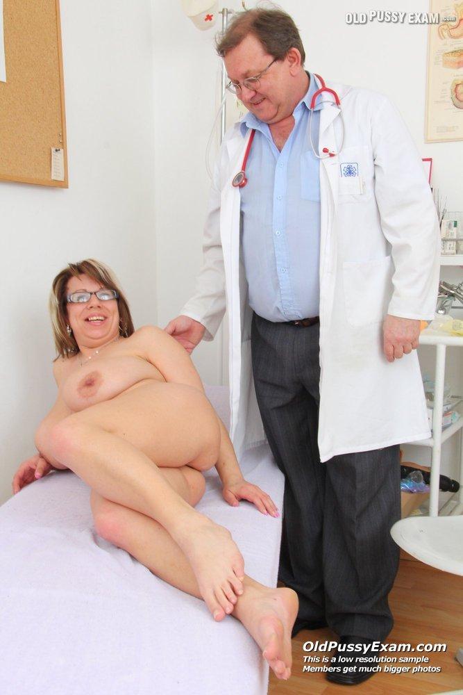 mature lady Breast