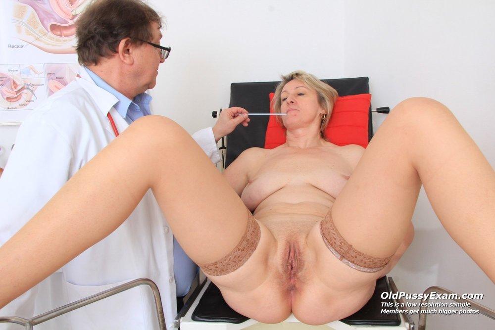 Приёме гинеколога у фото зрелых на дам